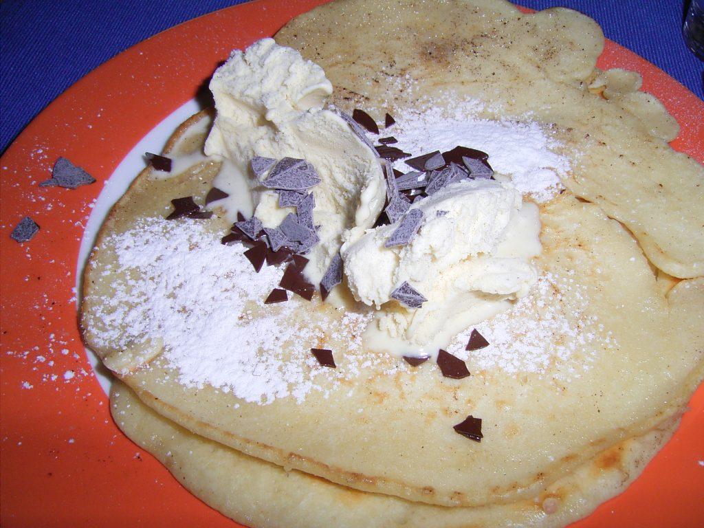 Pfannkuchen mit Eis